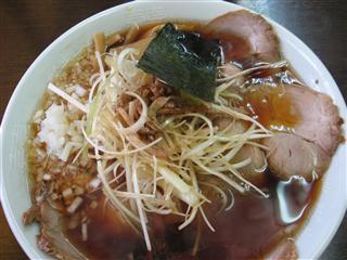 三番亭ネギチャーシュー麺.jpg